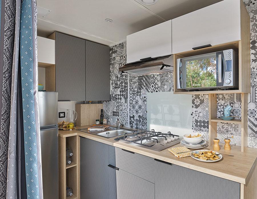 acheter-un-mobil-home-cle-en-main-cuisine-moderne-espace-camping-sarl