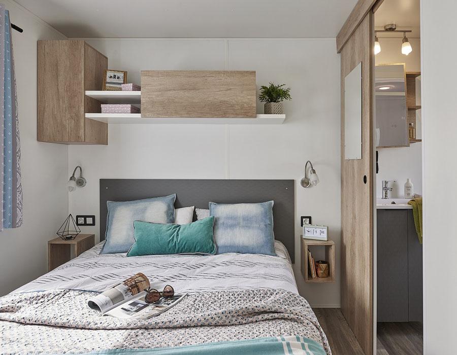 acheter-un-mobil-home-cle-en-main-chambre-moderne-espace-camping-sarl
